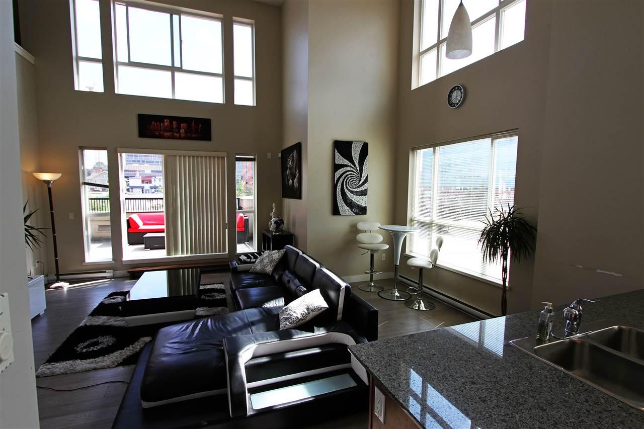 Condo Apartment at 326 9655 KING GEORGE BOULEVARD, Unit 326, North Surrey, British Columbia. Image 13