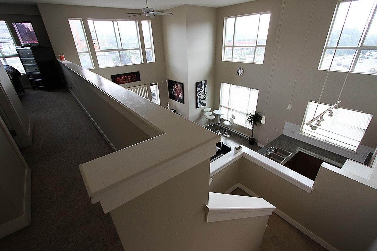 Condo Apartment at 326 9655 KING GEORGE BOULEVARD, Unit 326, North Surrey, British Columbia. Image 15