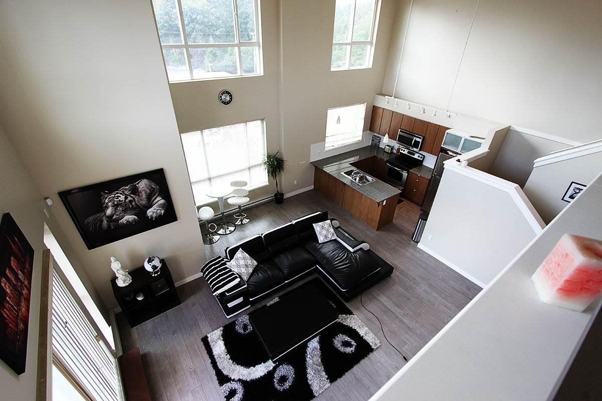Condo Apartment at 326 9655 KING GEORGE BOULEVARD, Unit 326, North Surrey, British Columbia. Image 17