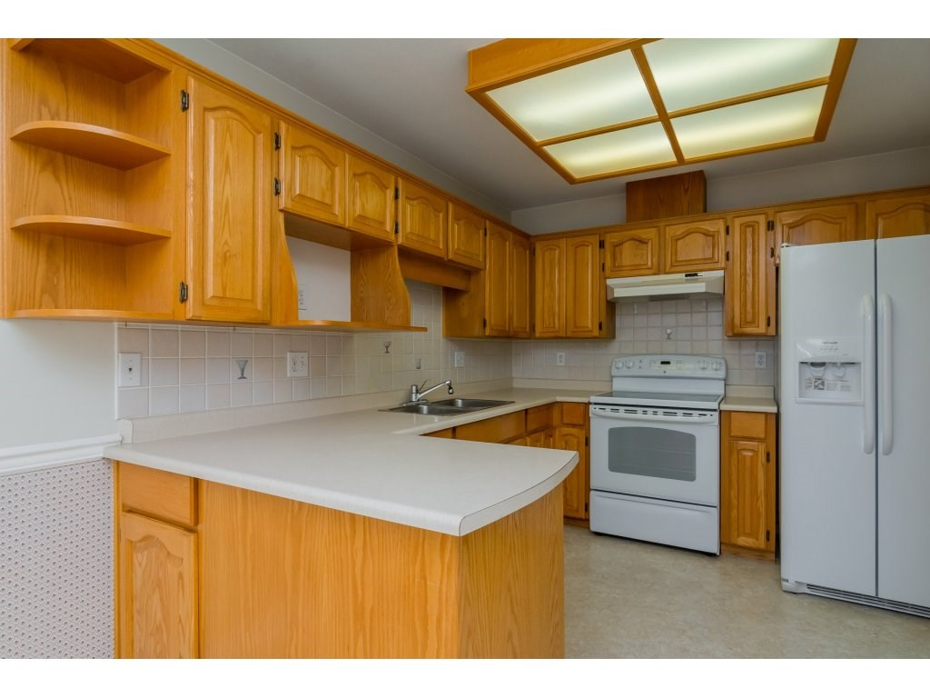 Townhouse at 60 8889 212 STREET, Unit 60, Langley, British Columbia. Image 8