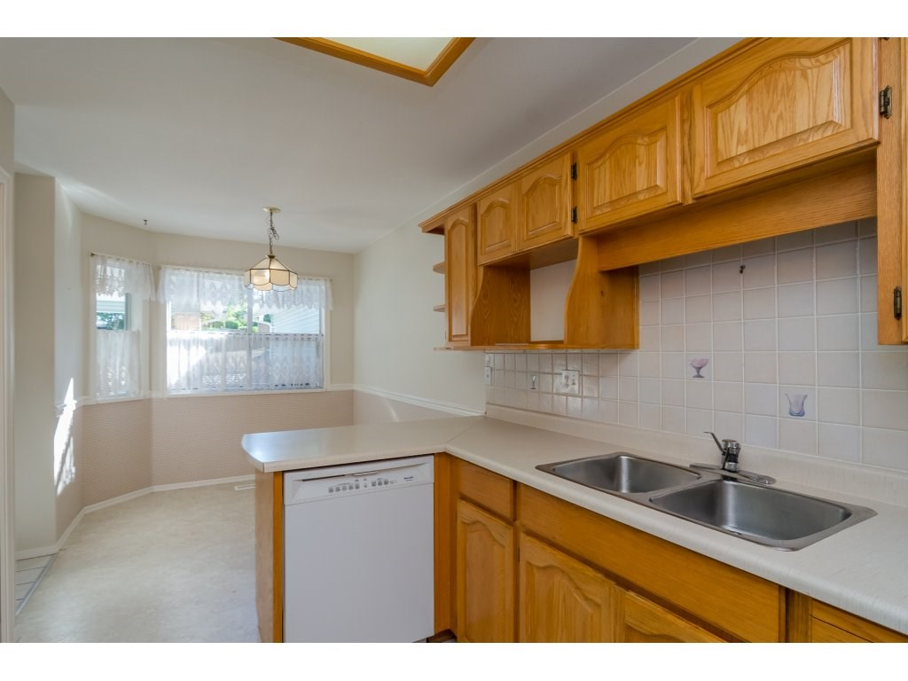 Townhouse at 60 8889 212 STREET, Unit 60, Langley, British Columbia. Image 10