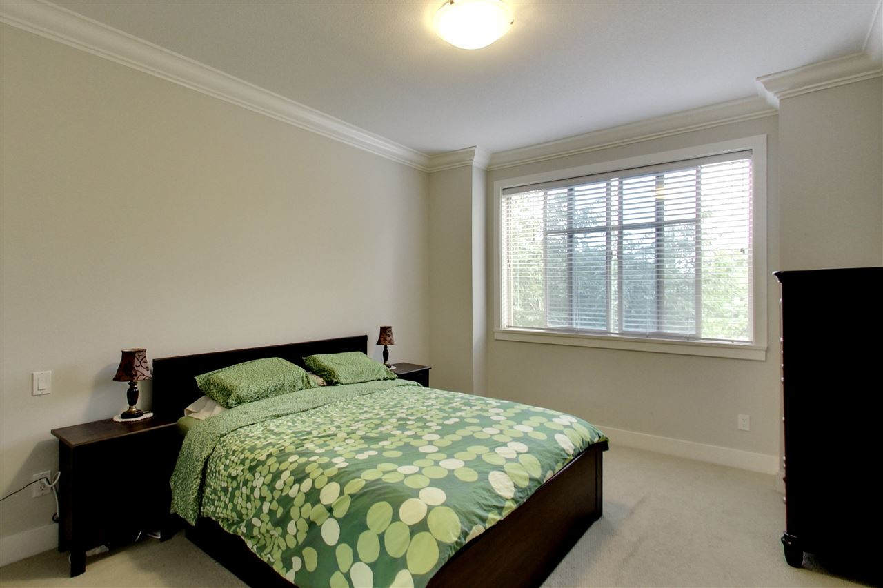Condo Apartment at 201 16499 64 AVENUE, Unit 201, Cloverdale, British Columbia. Image 6