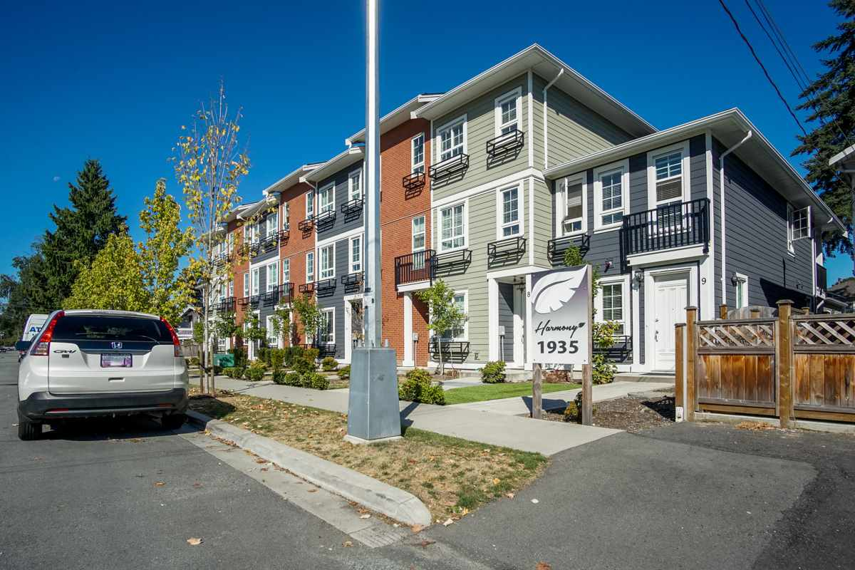 Townhouse at 4 1935 MANNING AVENUE, Unit 4, Port Coquitlam, British Columbia. Image 1
