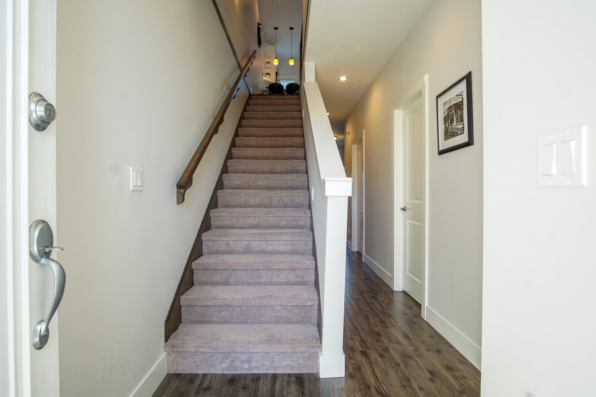 Townhouse at 4 1935 MANNING AVENUE, Unit 4, Port Coquitlam, British Columbia. Image 5