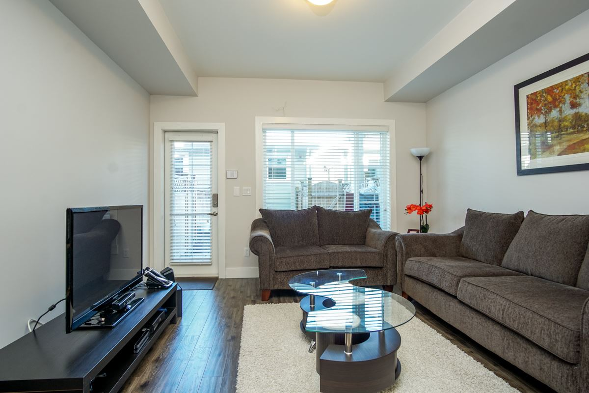 Townhouse at 4 1935 MANNING AVENUE, Unit 4, Port Coquitlam, British Columbia. Image 6