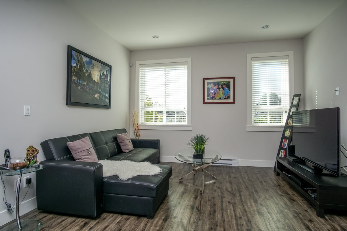 Townhouse at 4 1935 MANNING AVENUE, Unit 4, Port Coquitlam, British Columbia. Image 8
