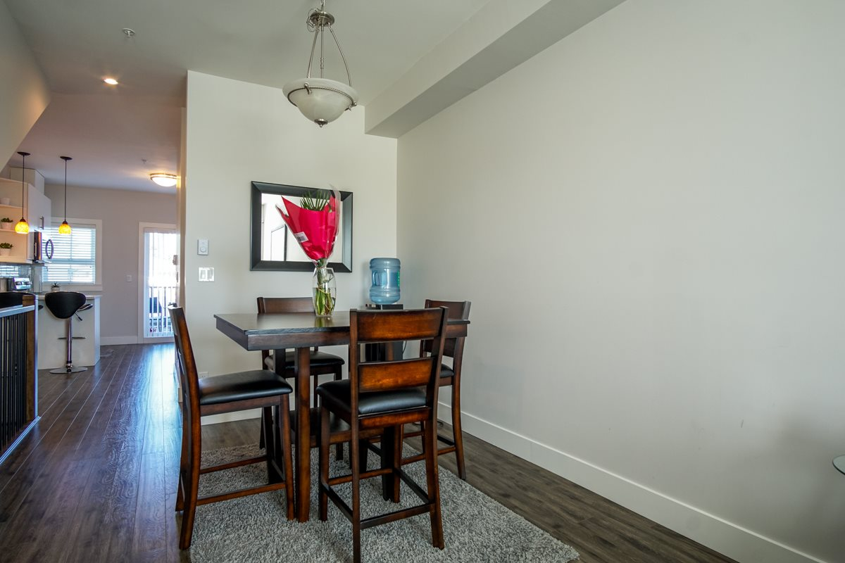Townhouse at 4 1935 MANNING AVENUE, Unit 4, Port Coquitlam, British Columbia. Image 10