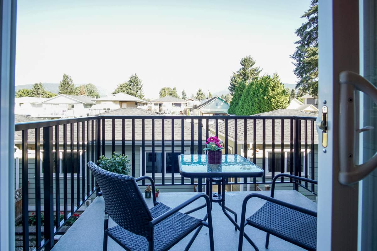 Townhouse at 4 1935 MANNING AVENUE, Unit 4, Port Coquitlam, British Columbia. Image 13