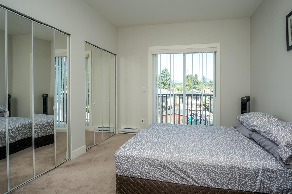 Townhouse at 4 1935 MANNING AVENUE, Unit 4, Port Coquitlam, British Columbia. Image 17