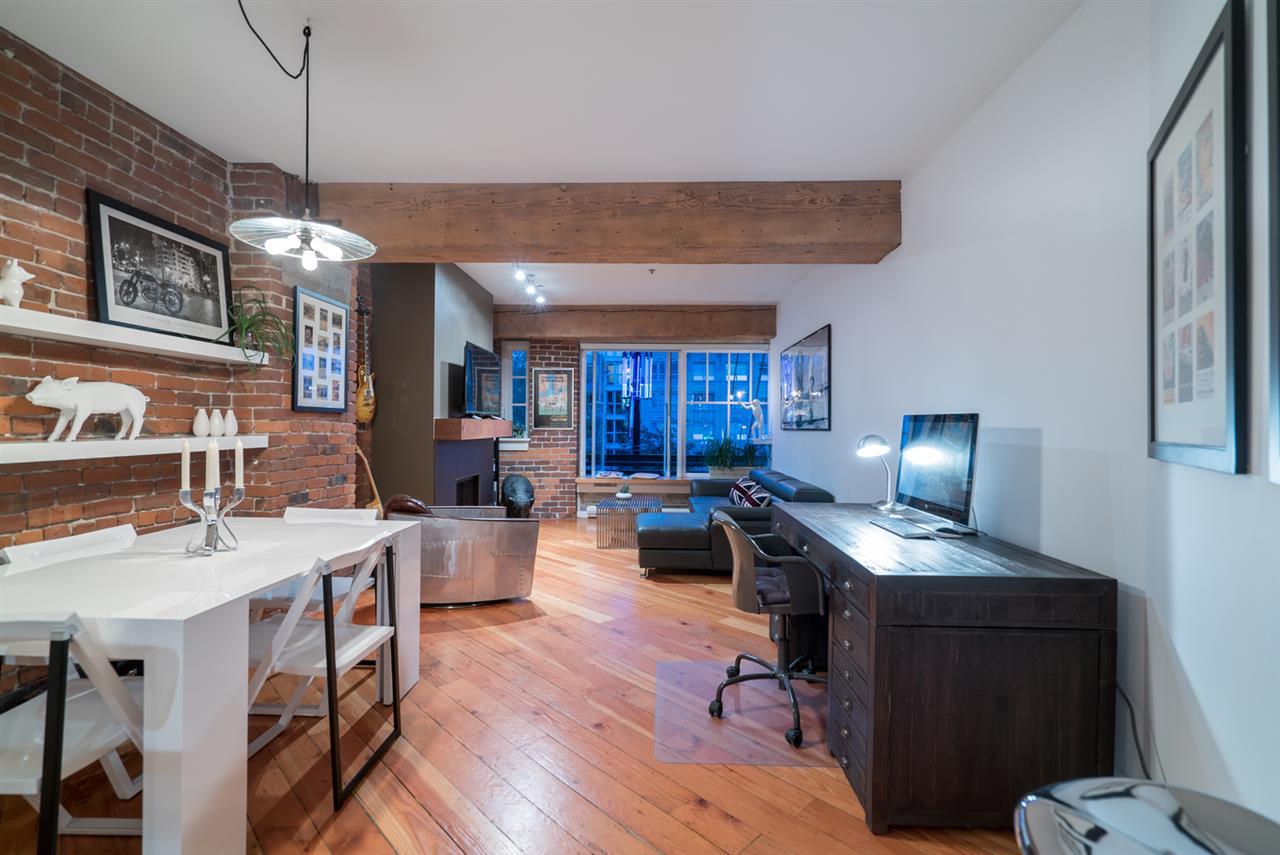 Condo Apartment at 210 1178 HAMILTON STREET, Unit 210, Vancouver West, British Columbia. Image 2