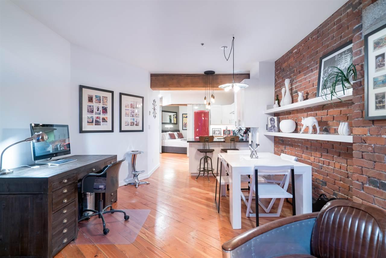 Condo Apartment at 210 1178 HAMILTON STREET, Unit 210, Vancouver West, British Columbia. Image 5