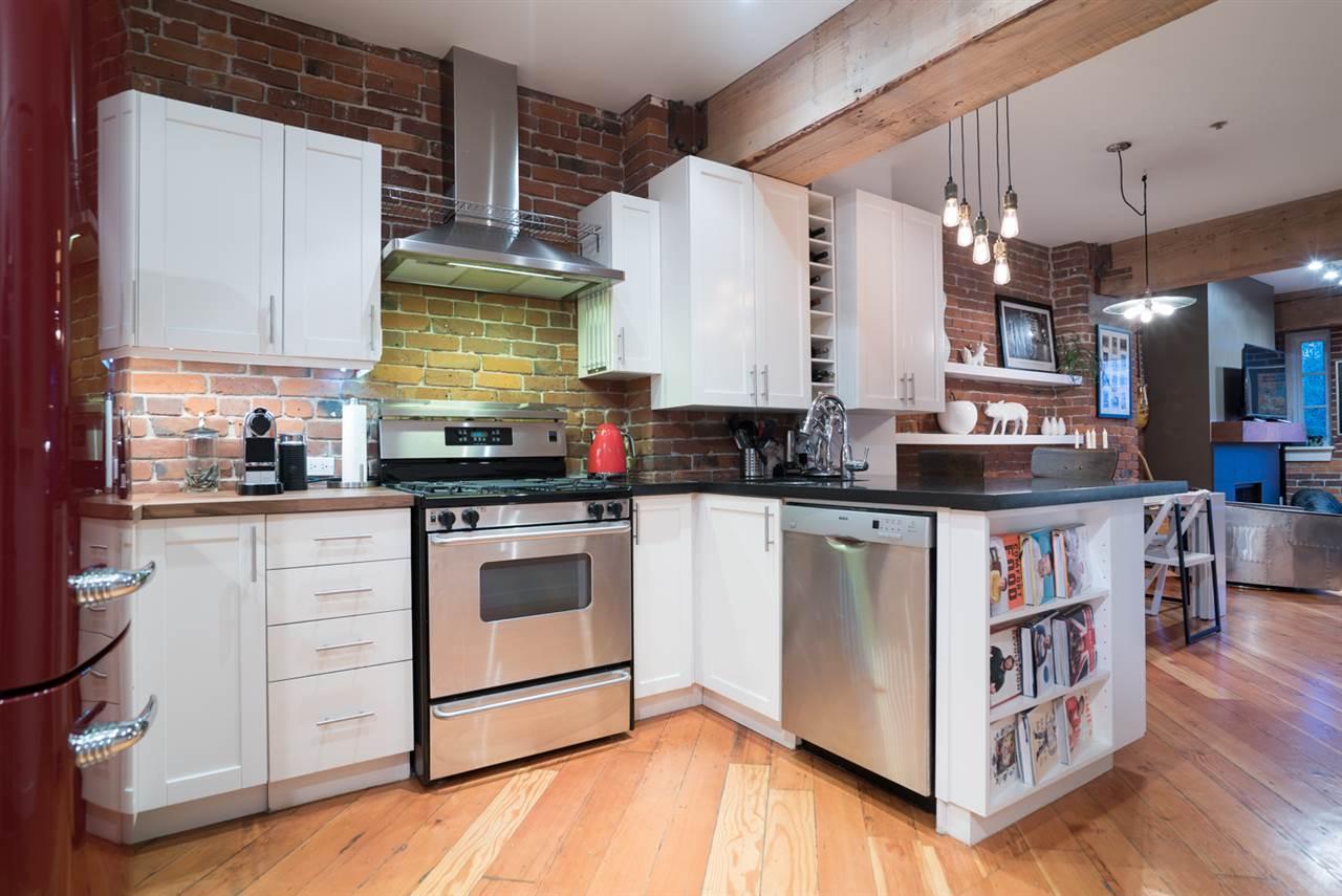 Condo Apartment at 210 1178 HAMILTON STREET, Unit 210, Vancouver West, British Columbia. Image 10