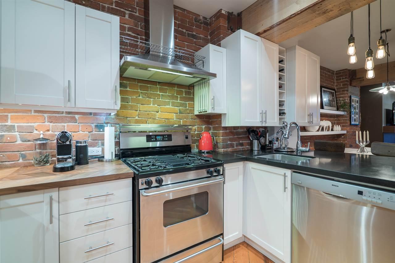 Condo Apartment at 210 1178 HAMILTON STREET, Unit 210, Vancouver West, British Columbia. Image 11