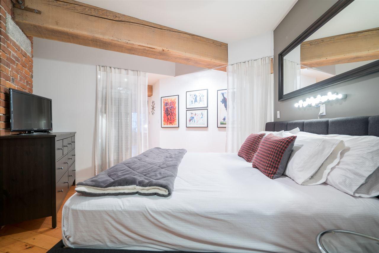 Condo Apartment at 210 1178 HAMILTON STREET, Unit 210, Vancouver West, British Columbia. Image 14