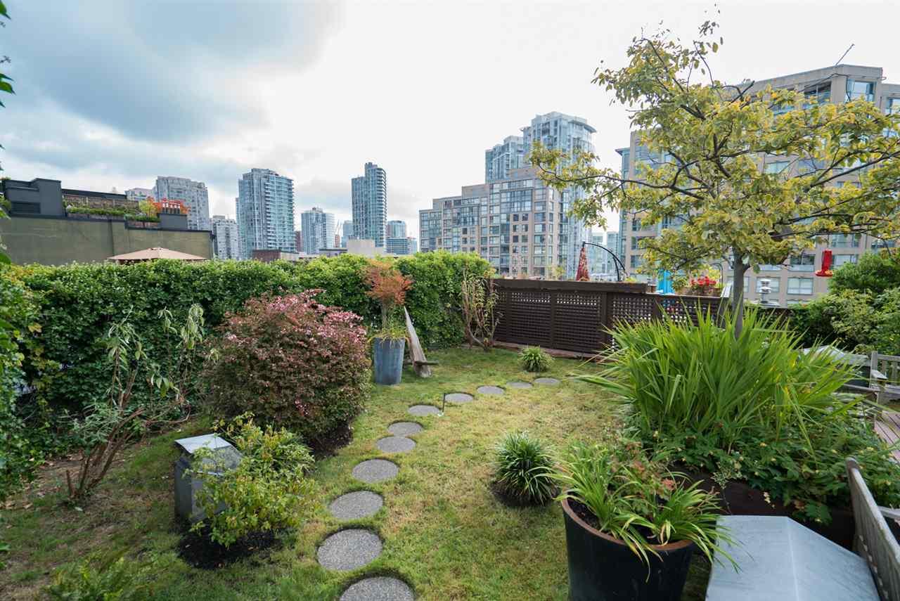 Condo Apartment at 210 1178 HAMILTON STREET, Unit 210, Vancouver West, British Columbia. Image 19