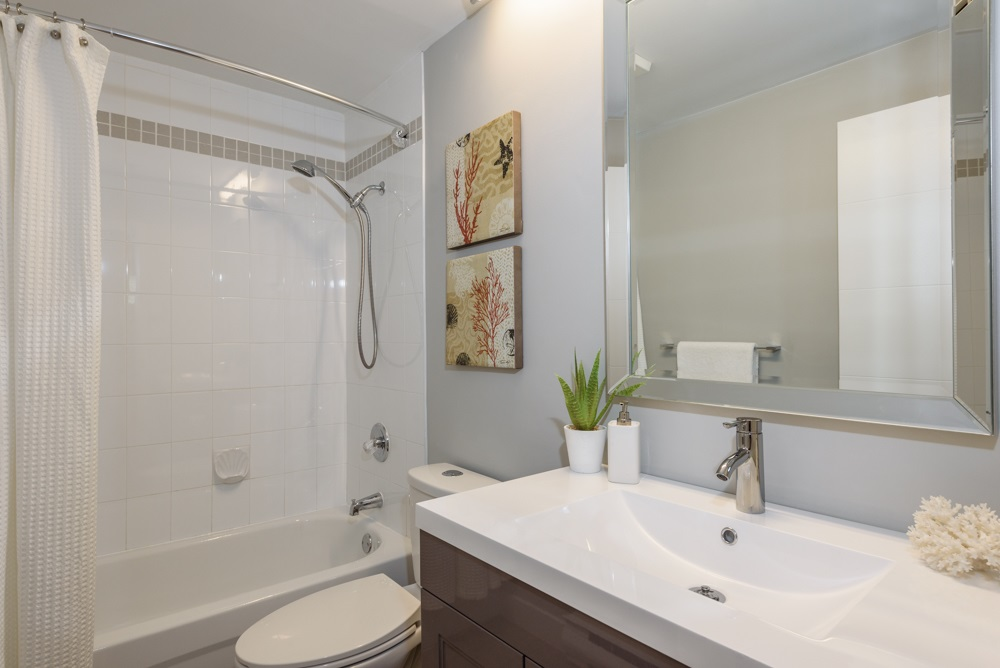 Condo Apartment at 105 1433 E 1ST AVENUE, Unit 105, Vancouver East, British Columbia. Image 14
