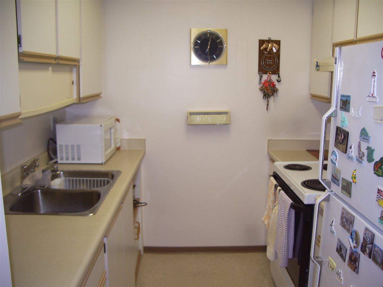 Condo Apartment at 102 1802 DUTHIE AVENUE, Unit 102, Burnaby North, British Columbia. Image 2