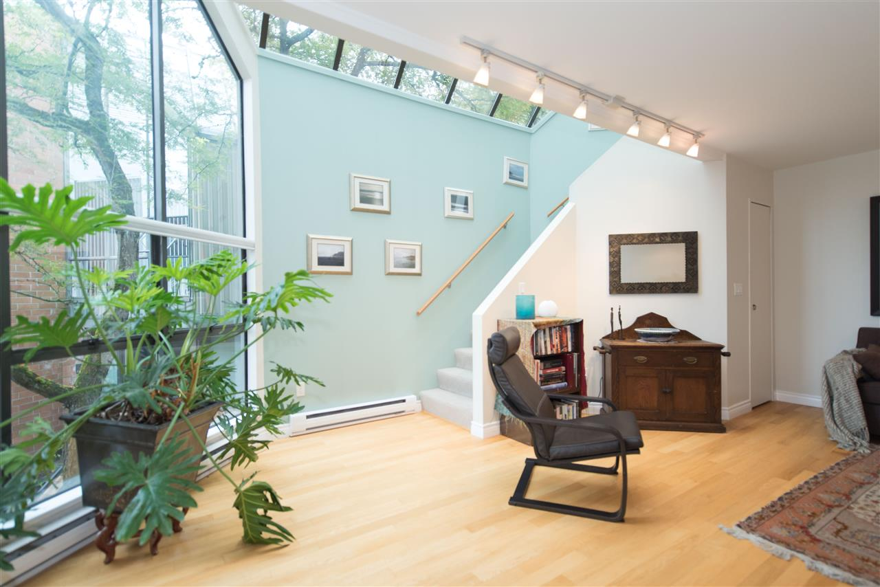Townhouse at 848 W 7 AVENUE, Vancouver West, British Columbia. Image 6
