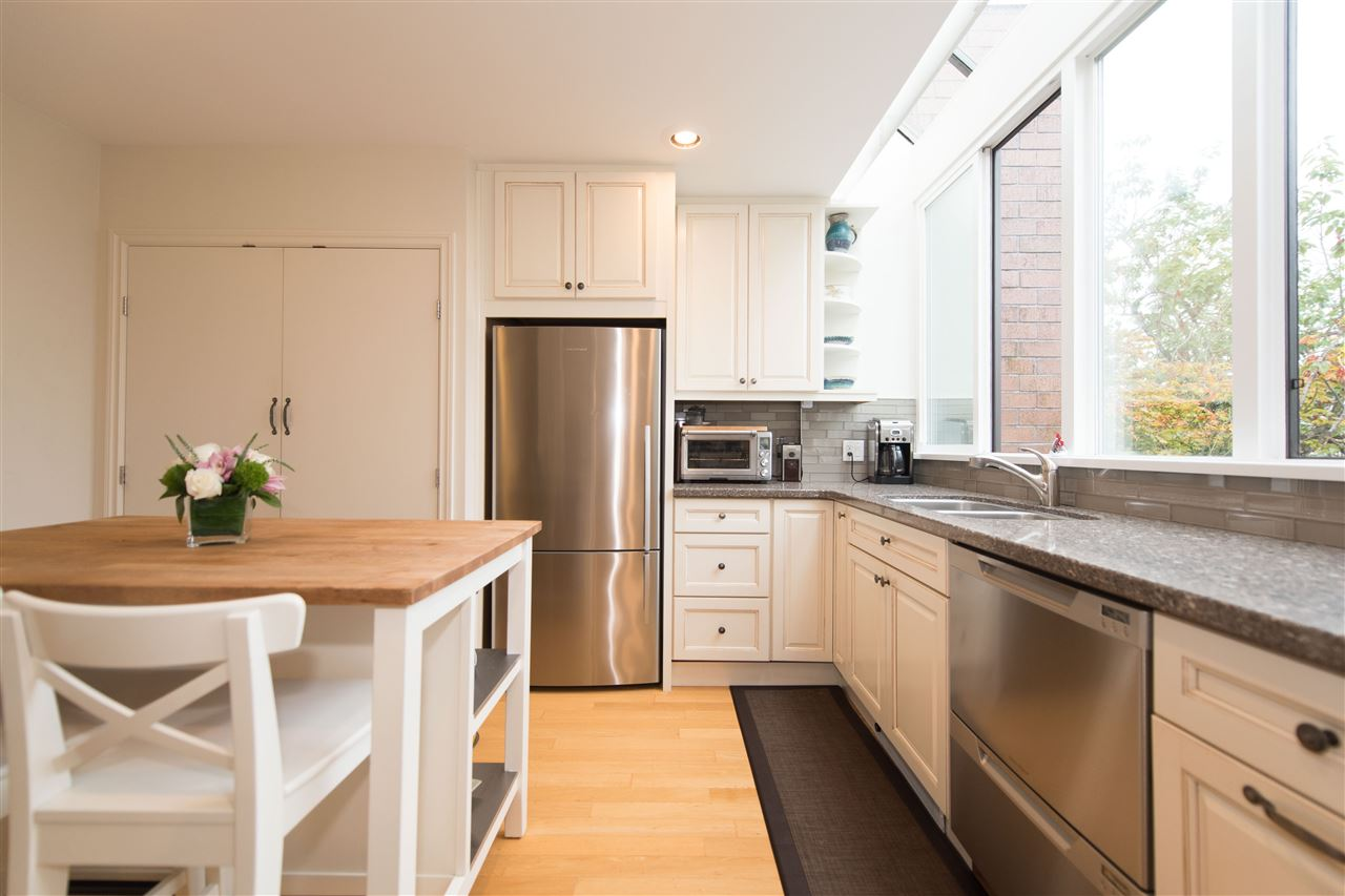 Townhouse at 848 W 7 AVENUE, Vancouver West, British Columbia. Image 8