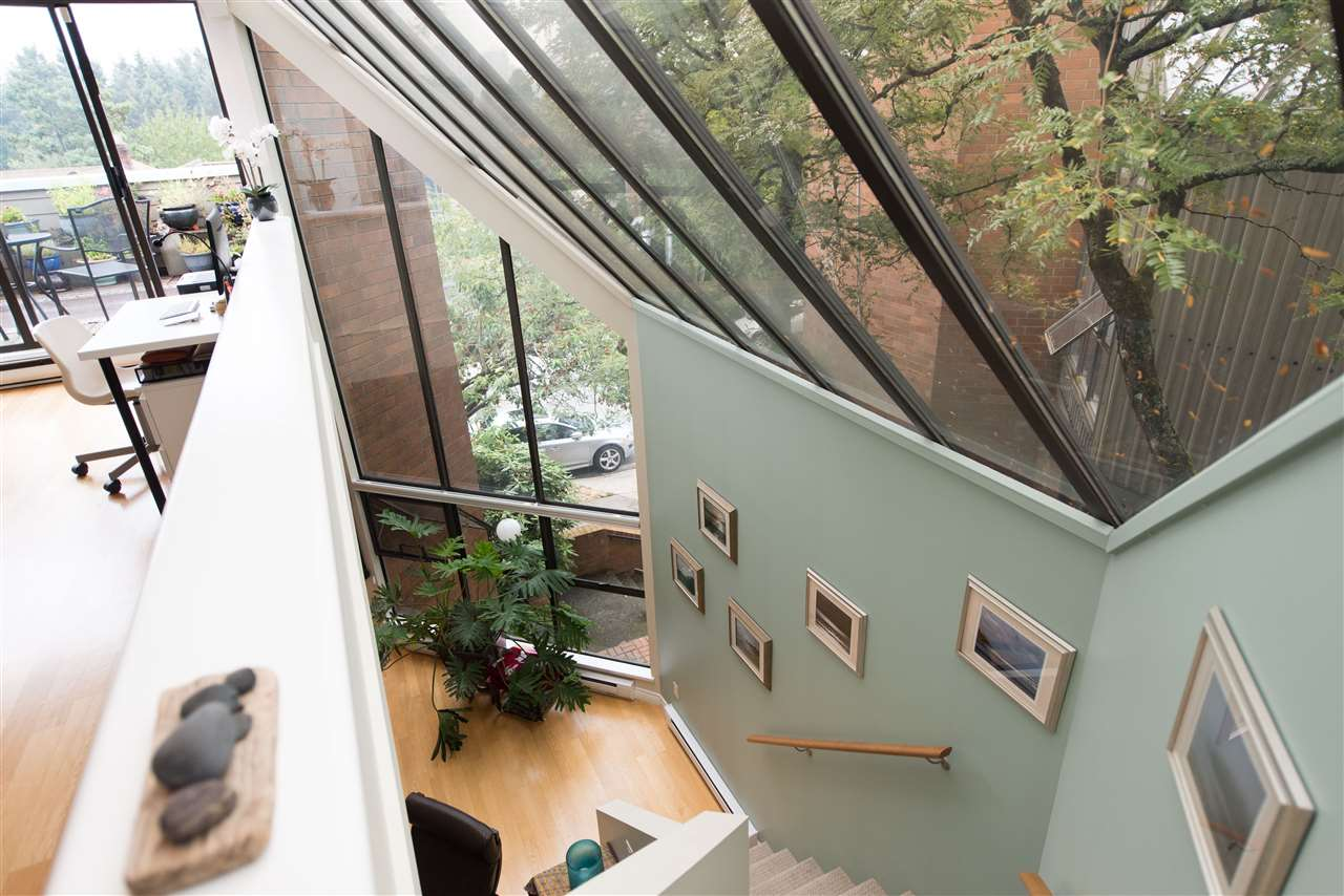 Townhouse at 848 W 7 AVENUE, Vancouver West, British Columbia. Image 10