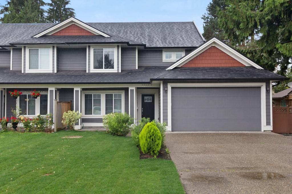 Half-duplex at 12157 214TH STREET, Maple Ridge, British Columbia. Image 1