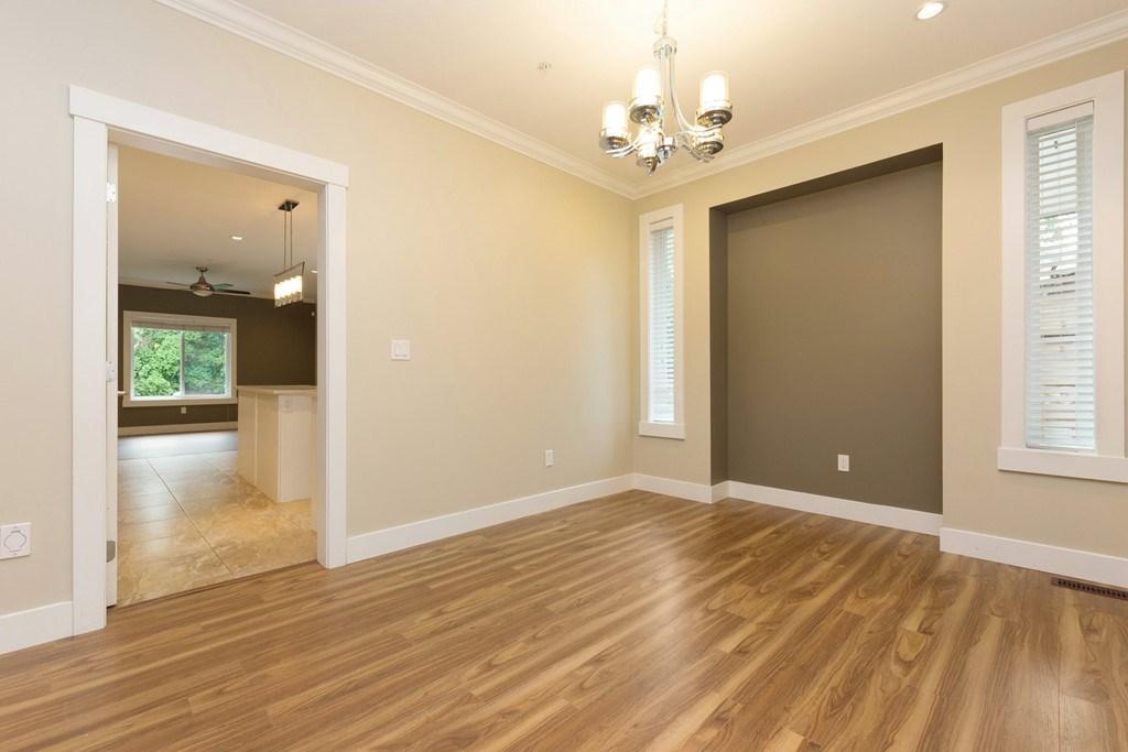 Half-duplex at 12157 214TH STREET, Maple Ridge, British Columbia. Image 4