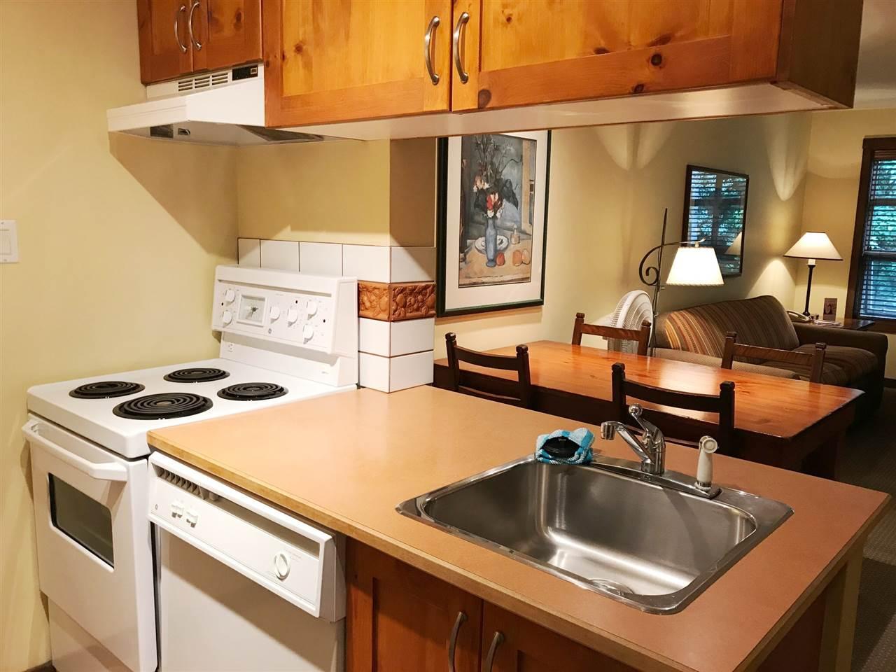 Condo Apartment at 511 4899 PAINTED CLIFF ROAD, Unit 511, Whistler, British Columbia. Image 4