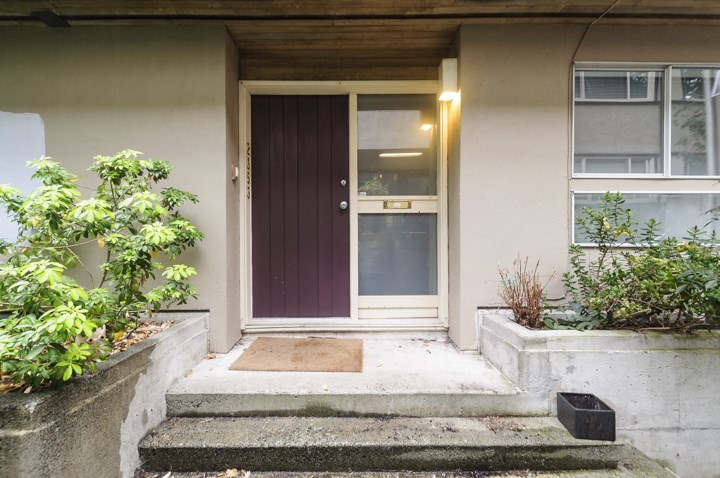 Townhouse at 2353 YORK AVENUE, Vancouver West, British Columbia. Image 2