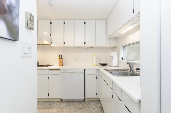 Townhouse at 2353 YORK AVENUE, Vancouver West, British Columbia. Image 13