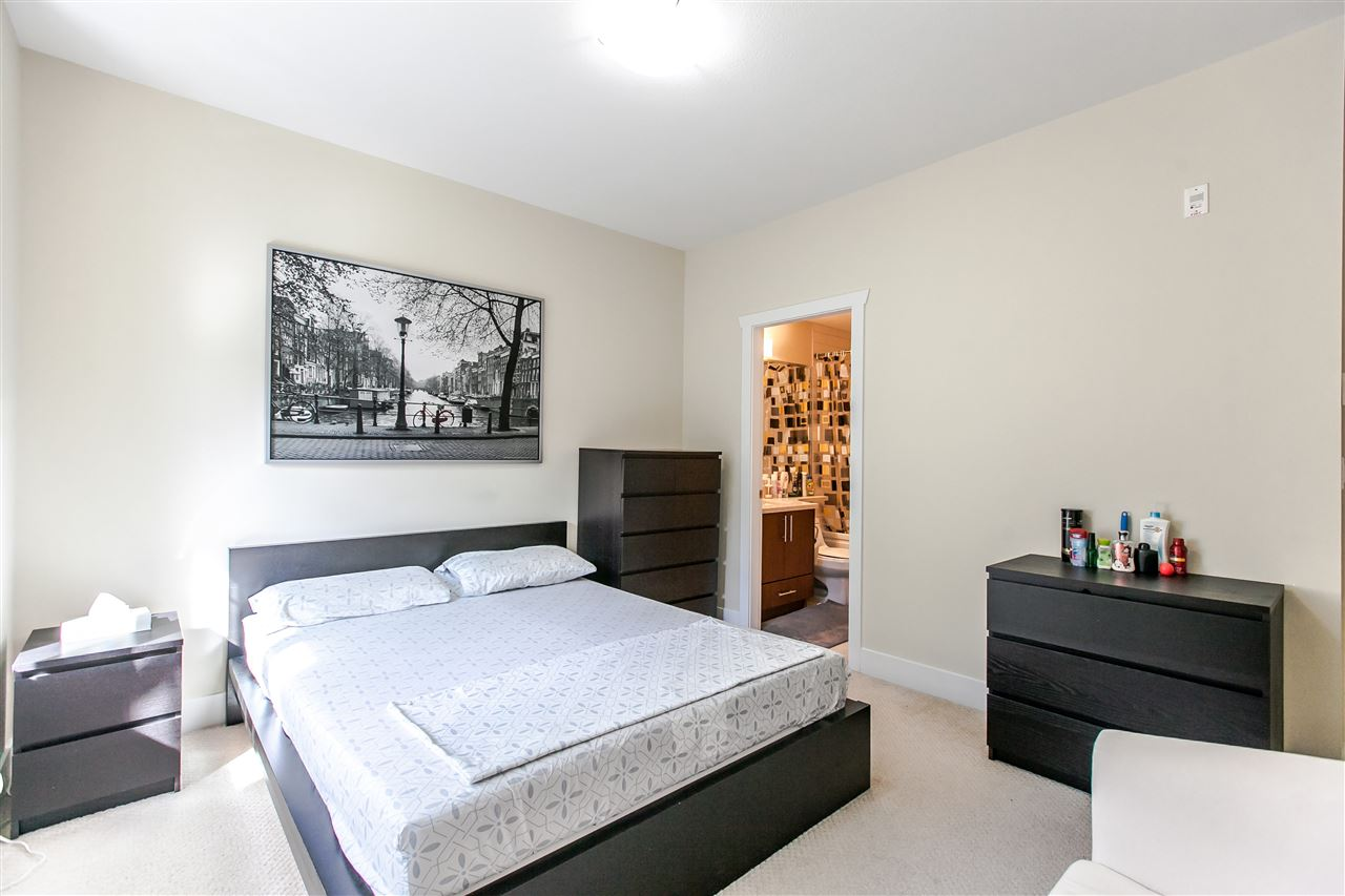Townhouse at 102 368 ELLESMERE AVENUE, Unit 102, Burnaby North, British Columbia. Image 12
