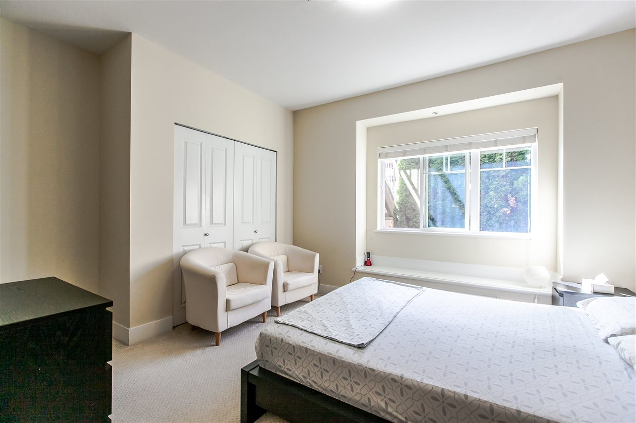 Townhouse at 102 368 ELLESMERE AVENUE, Unit 102, Burnaby North, British Columbia. Image 13