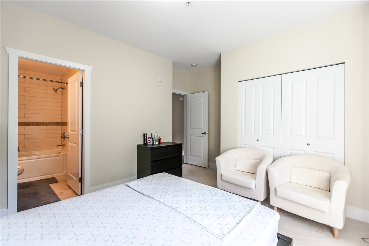 Townhouse at 102 368 ELLESMERE AVENUE, Unit 102, Burnaby North, British Columbia. Image 14