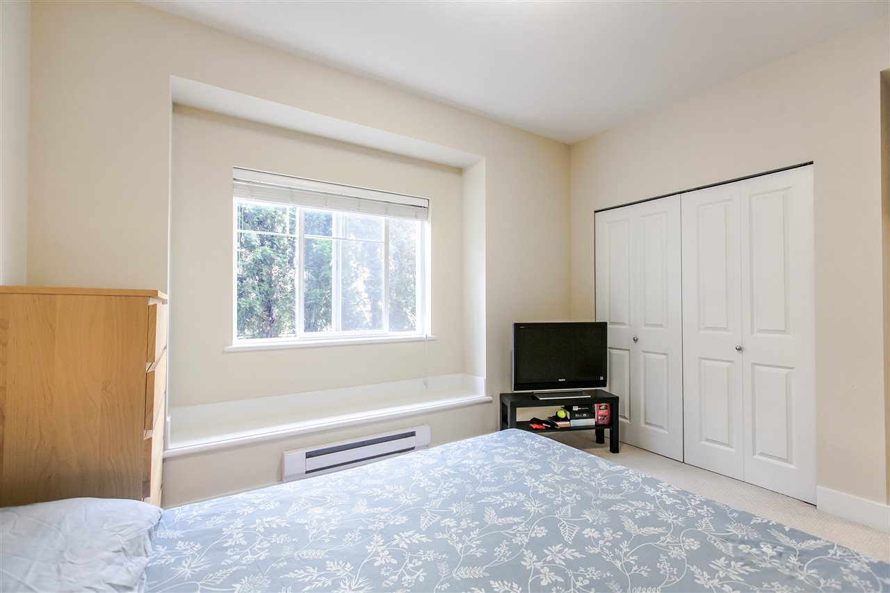 Townhouse at 102 368 ELLESMERE AVENUE, Unit 102, Burnaby North, British Columbia. Image 17
