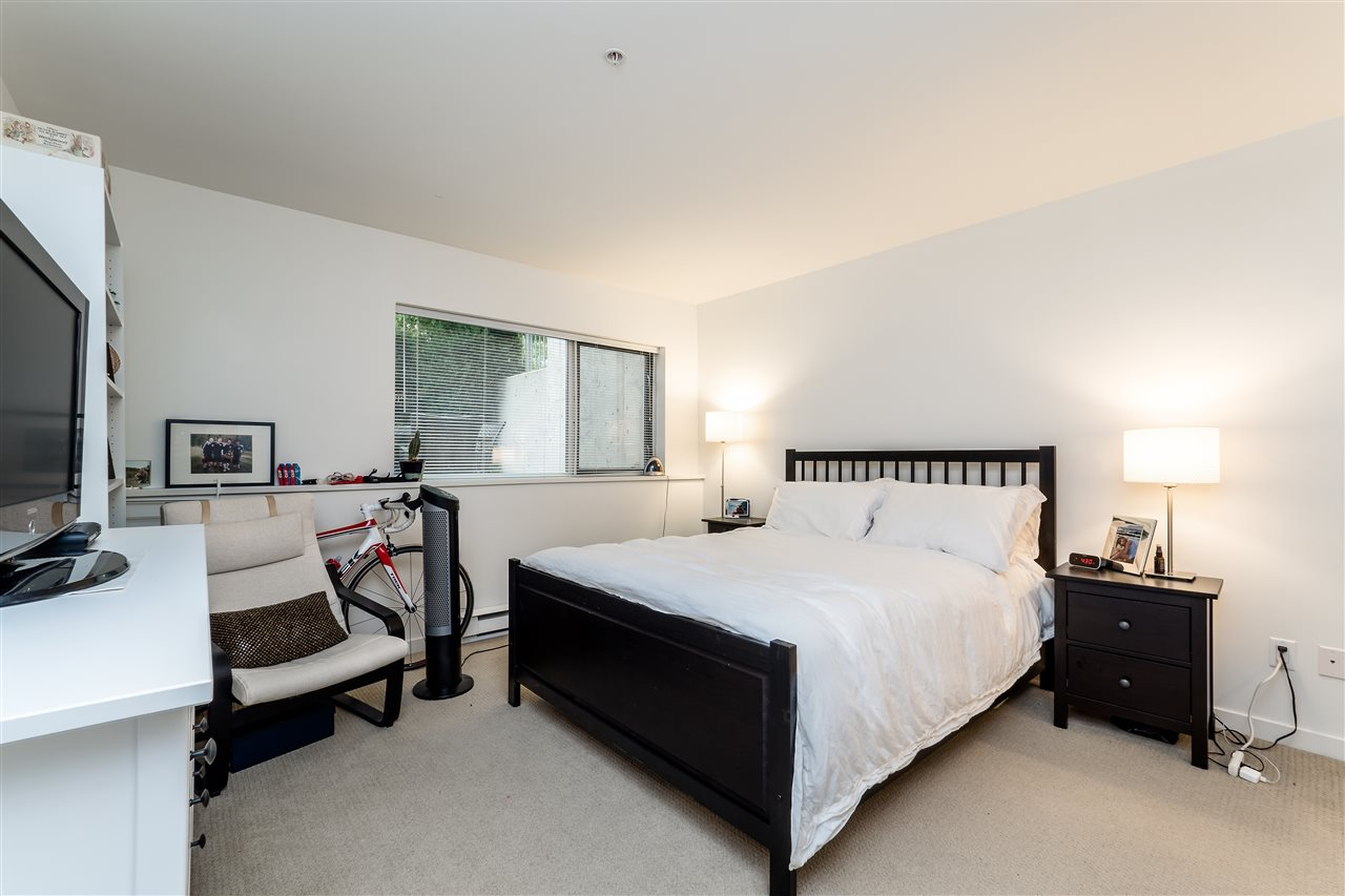 Townhouse at TH4 1288 CHESTERFIELD AVENUE, Unit TH4, North Vancouver, British Columbia. Image 14