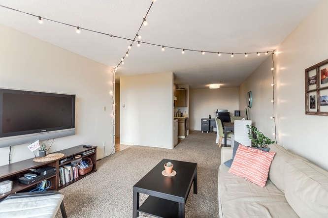 Condo Apartment at 207 310 W 3RD STREET, Unit 207, North Vancouver, British Columbia. Image 4