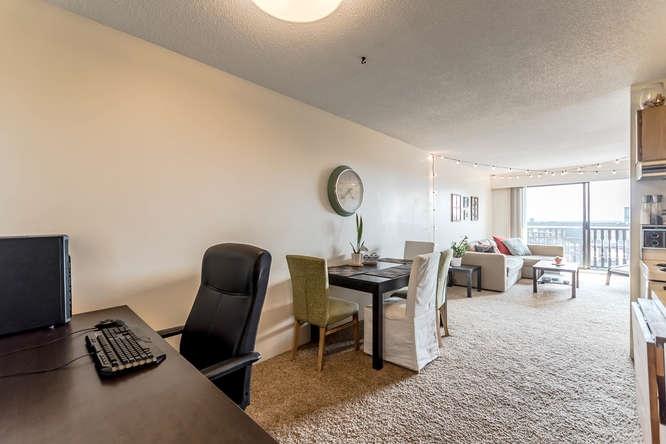 Condo Apartment at 207 310 W 3RD STREET, Unit 207, North Vancouver, British Columbia. Image 5