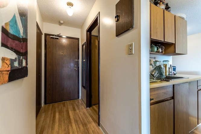 Condo Apartment at 207 310 W 3RD STREET, Unit 207, North Vancouver, British Columbia. Image 8