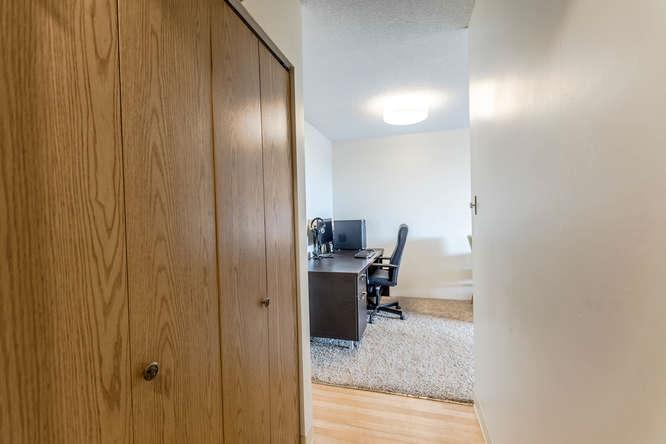 Condo Apartment at 207 310 W 3RD STREET, Unit 207, North Vancouver, British Columbia. Image 12