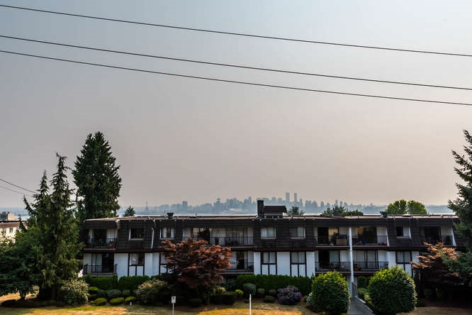Condo Apartment at 207 310 W 3RD STREET, Unit 207, North Vancouver, British Columbia. Image 18