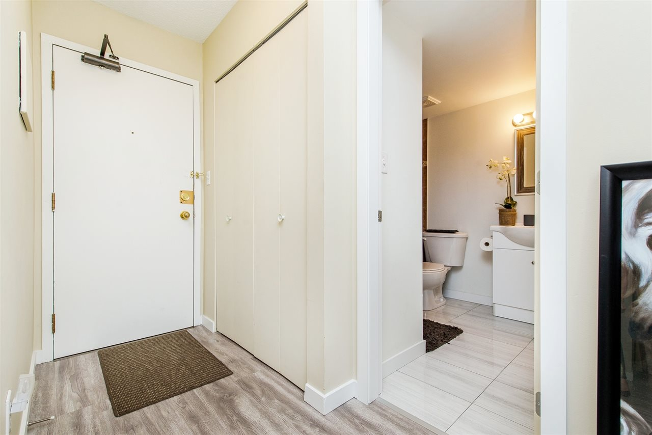 Condo Apartment at 208 10698 151A STREET, Unit 208, North Surrey, British Columbia. Image 2