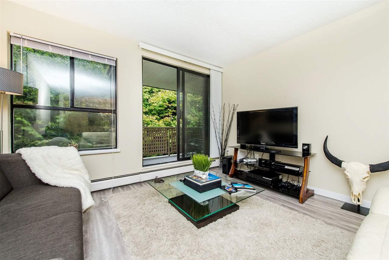 Condo Apartment at 208 10698 151A STREET, Unit 208, North Surrey, British Columbia. Image 6