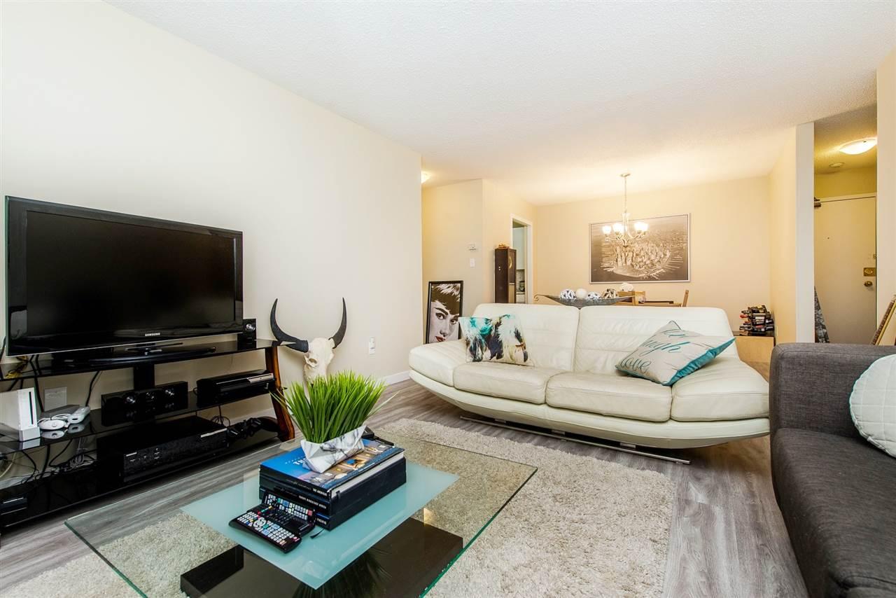 Condo Apartment at 208 10698 151A STREET, Unit 208, North Surrey, British Columbia. Image 7