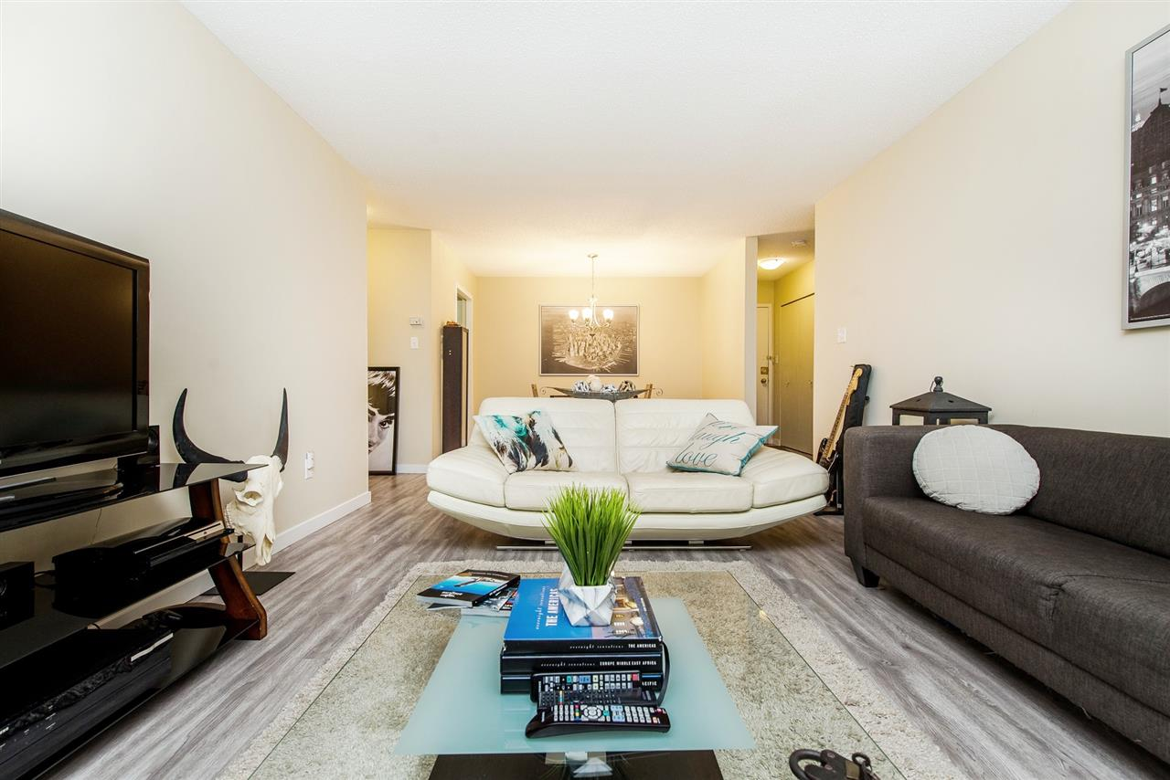 Condo Apartment at 208 10698 151A STREET, Unit 208, North Surrey, British Columbia. Image 8
