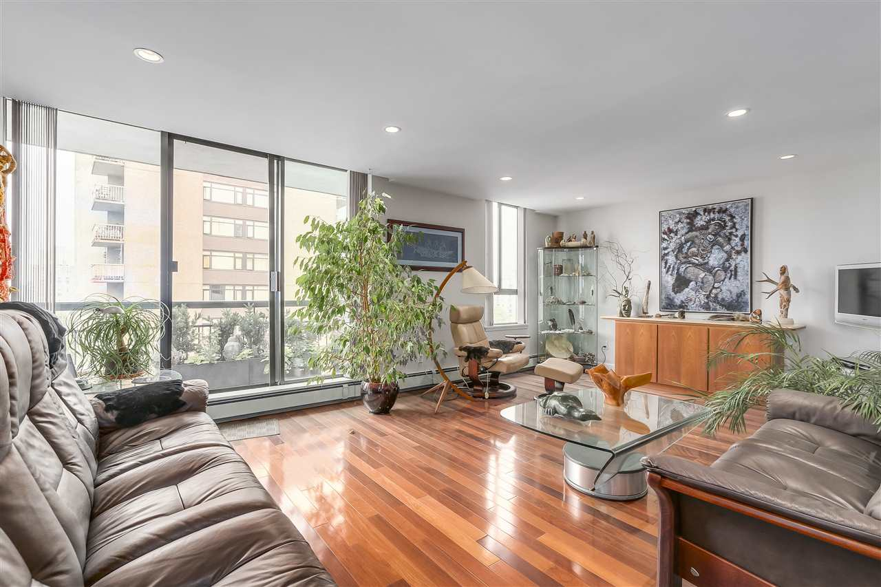 Condo Apartment at 1008 1720 BARCLAY STREET, Unit 1008, Vancouver West, British Columbia. Image 7