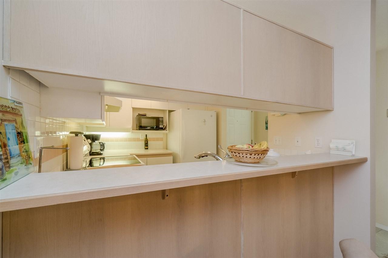 Condo Apartment at 105 7465 SANDBORNE AVENUE, Unit 105, Burnaby South, British Columbia. Image 7