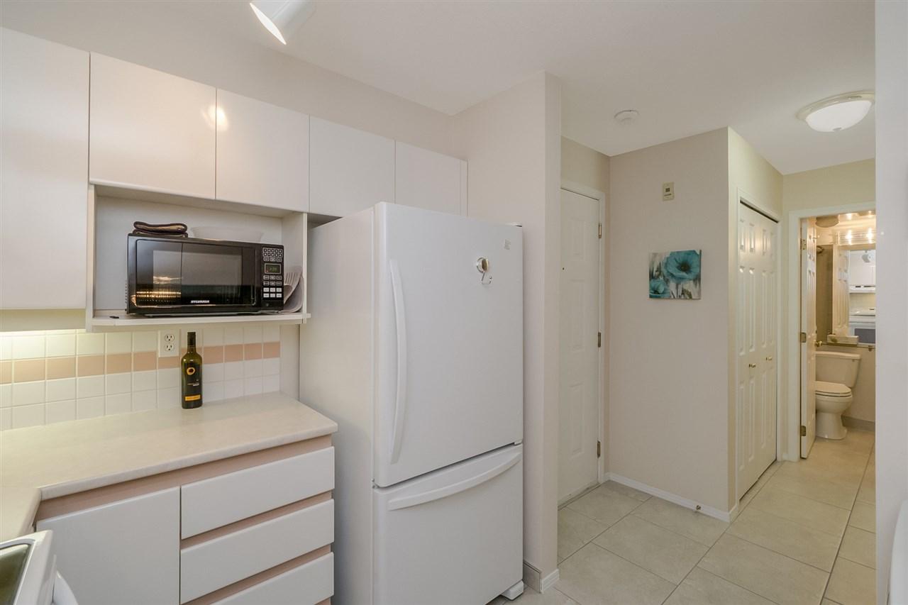 Condo Apartment at 105 7465 SANDBORNE AVENUE, Unit 105, Burnaby South, British Columbia. Image 10