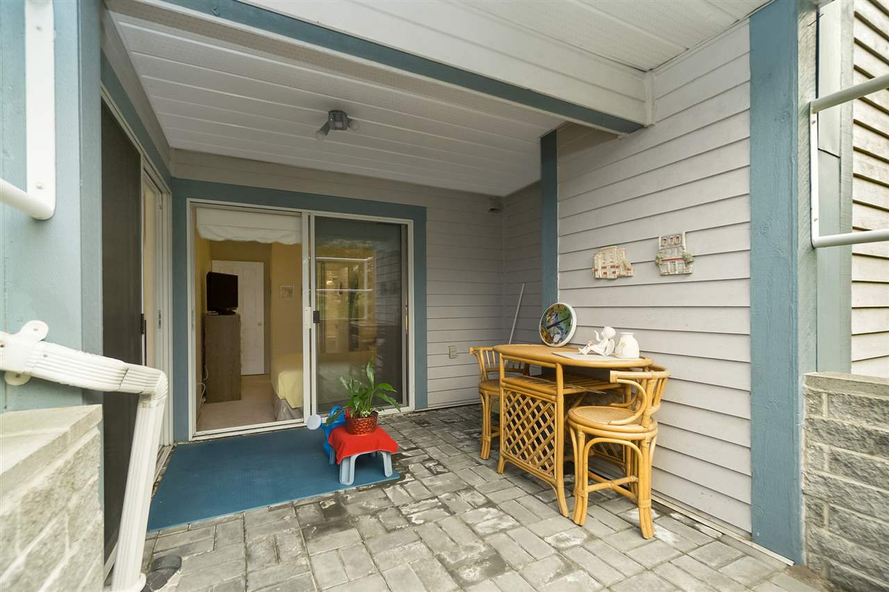 Condo Apartment at 105 7465 SANDBORNE AVENUE, Unit 105, Burnaby South, British Columbia. Image 19