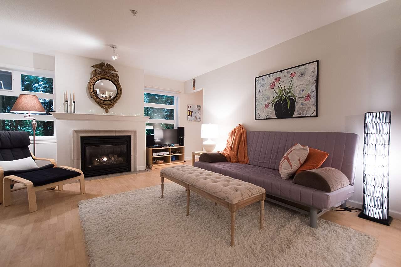 Condo Apartment at 101 2181 W 12TH AVENUE, Unit 101, Vancouver West, British Columbia. Image 3