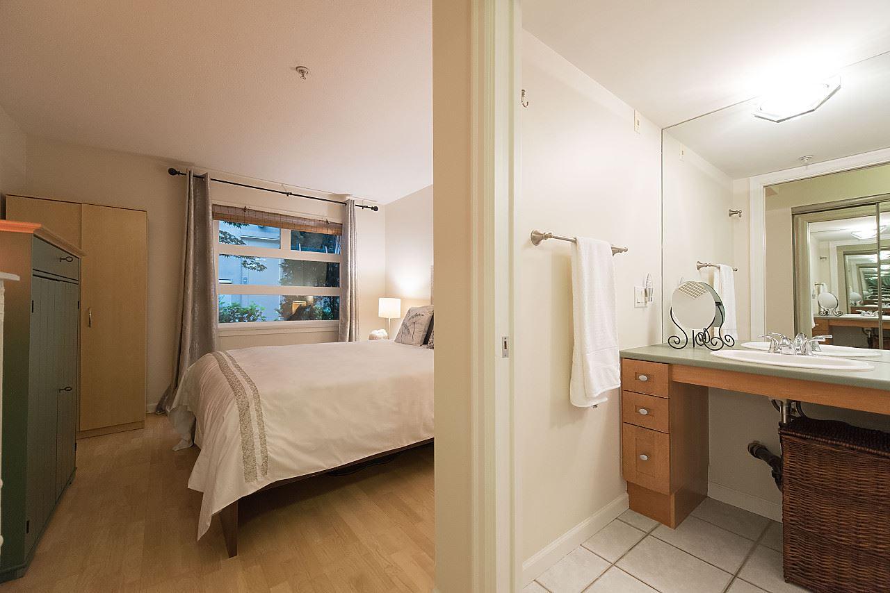 Condo Apartment at 101 2181 W 12TH AVENUE, Unit 101, Vancouver West, British Columbia. Image 11