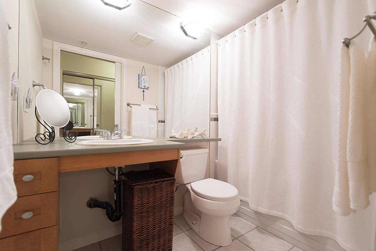 Condo Apartment at 101 2181 W 12TH AVENUE, Unit 101, Vancouver West, British Columbia. Image 12